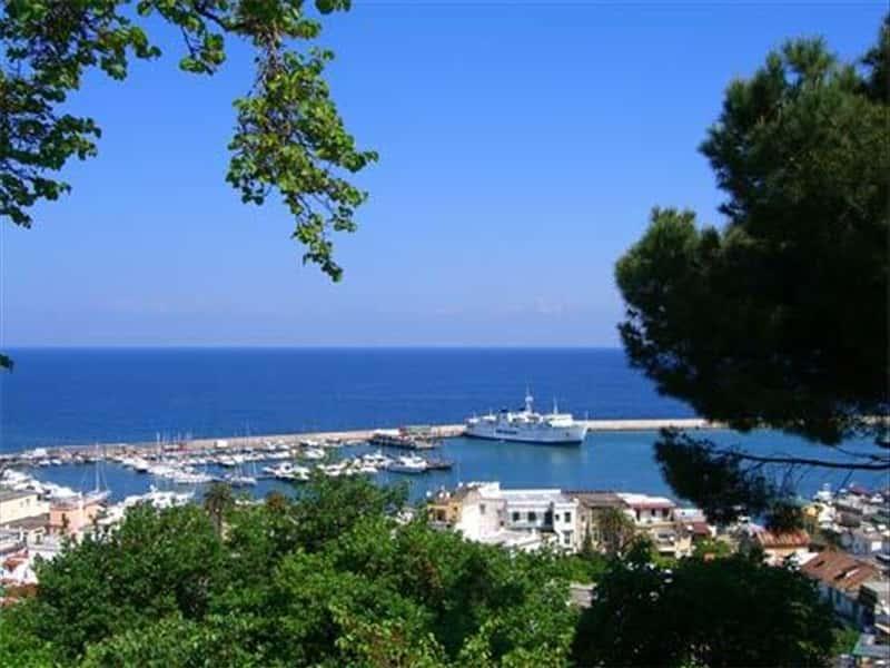 Casamicciola Terme Italy  city photos : Casamicciola Terme Ischia and Procida Campania Italy Traveller Guide