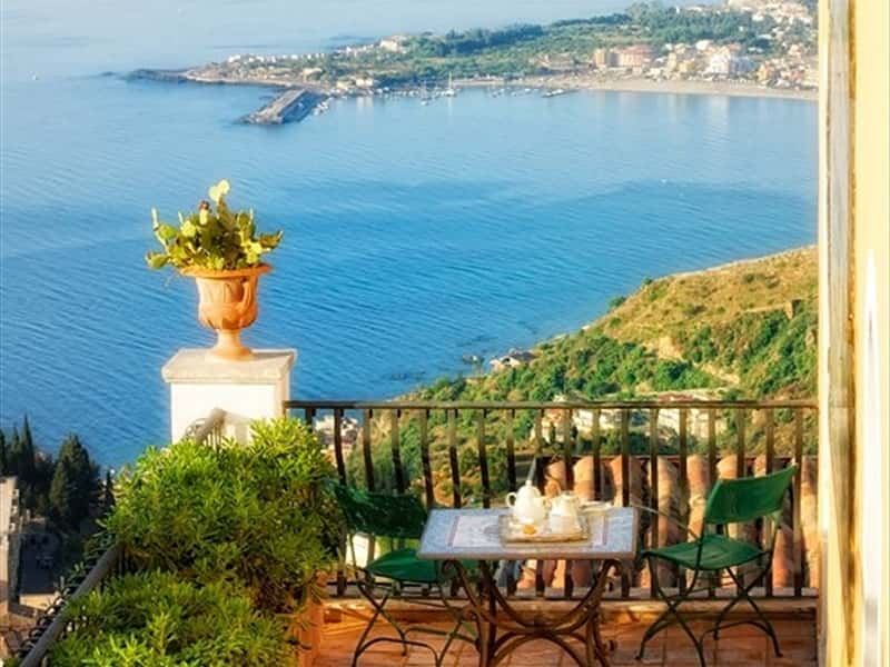 Hotel villa ducale taormina hotels accommodation in for Boutique hotel taormina