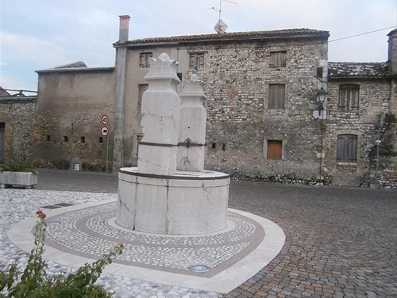 Comune Di Godega Di Sant Urbano.Godega Di Sant Urbano Rovigo Vicenza E Treviso Veneto Locali D Autore