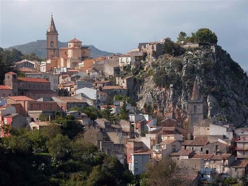 Novara di Sicilia Sicily Northern Coast Sicily - Locali d ...